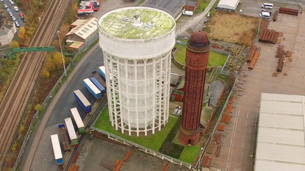 Salt and Pepper Pot water towers, Goole, seen from drone